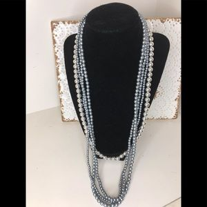 2 pearl necklaces